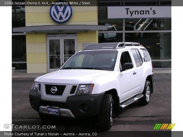 Avalanche White 2009 Nissan Xterra X 4x4 Steel Interior