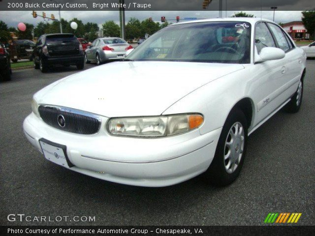2000 Buick Century Custom in Bright White