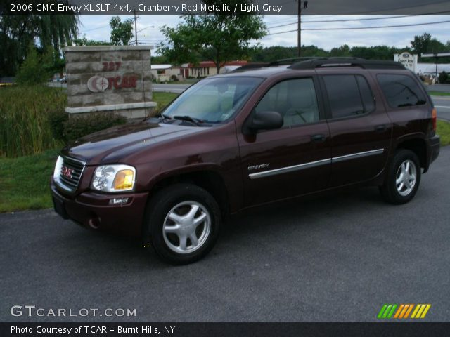 cranberry red metallic 2006 gmc envoy xl slt 4x4 light. Black Bedroom Furniture Sets. Home Design Ideas