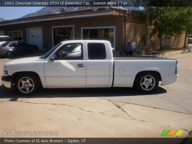 2001 Chevrolet Silverado 1500 LS Extended Cab in Summit White