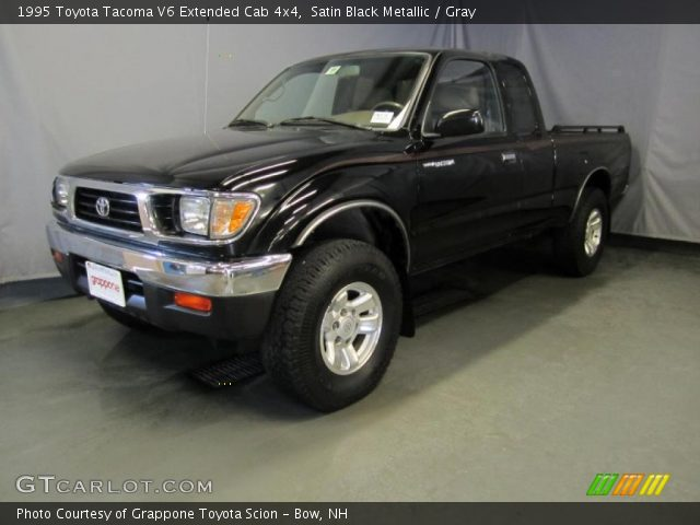 satin black metallic 1995 toyota tacoma v6 extended cab 4x4 gray interior. Black Bedroom Furniture Sets. Home Design Ideas
