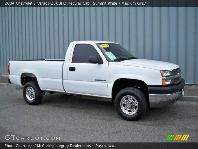 summit white 2004 chevrolet silverado 2500hd regular cab medium gray interior. Black Bedroom Furniture Sets. Home Design Ideas