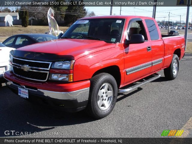 victory red 2007 chevrolet silverado 1500 classic lt extended cab 4x4 dark charcoal interior. Black Bedroom Furniture Sets. Home Design Ideas