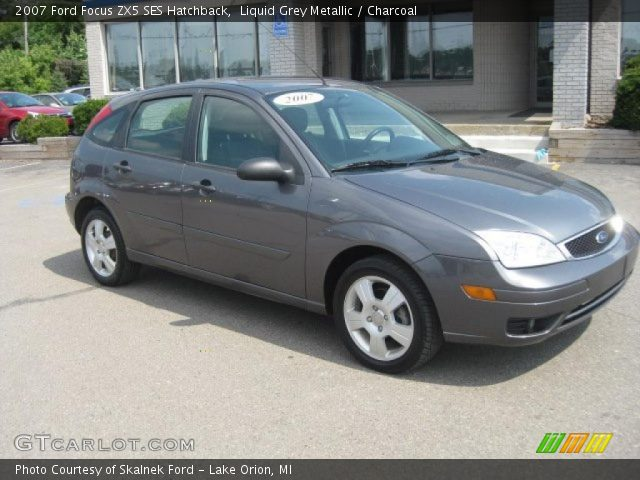liquid grey metallic 2007 ford focus zx5 ses hatchback. Black Bedroom Furniture Sets. Home Design Ideas