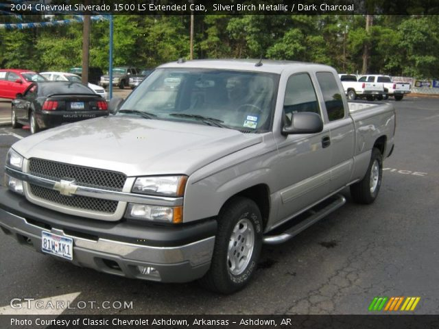 silver birch metallic 2004 chevrolet silverado 1500 ls. Black Bedroom Furniture Sets. Home Design Ideas