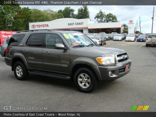 phantom gray pearl 2006 toyota sequoia sr5 4wd light charcoal interior. Black Bedroom Furniture Sets. Home Design Ideas