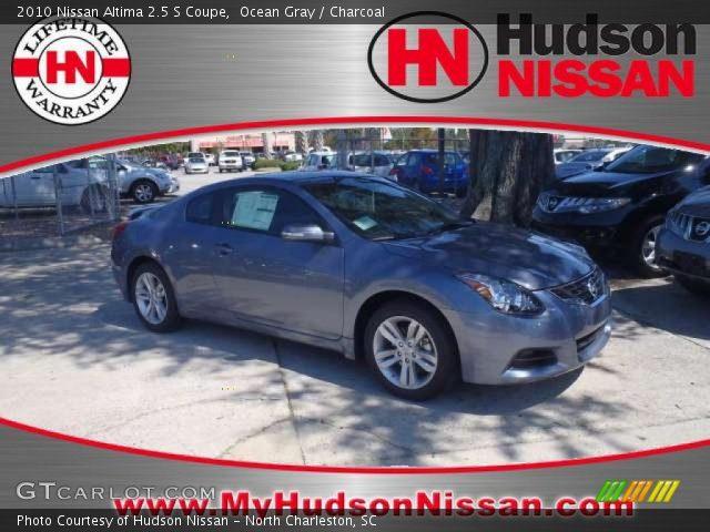 2010 Nissan Altima Coupe Interior. Ocean Gray 2010 Nissan Altima