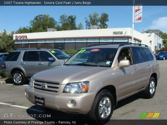 sonora gold pearl 2007 toyota highlander ivory beige interior vehicle. Black Bedroom Furniture Sets. Home Design Ideas