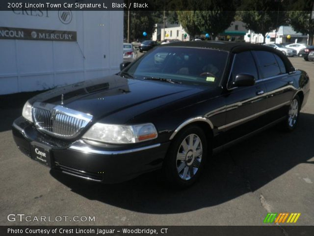 black 2005 lincoln town car signature l black interior vehicle archive. Black Bedroom Furniture Sets. Home Design Ideas