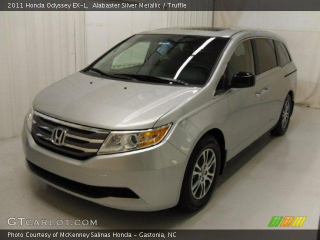 Alabaster Silver Metallic 2011 Honda Odyssey EX-L with Truffle interior 2011