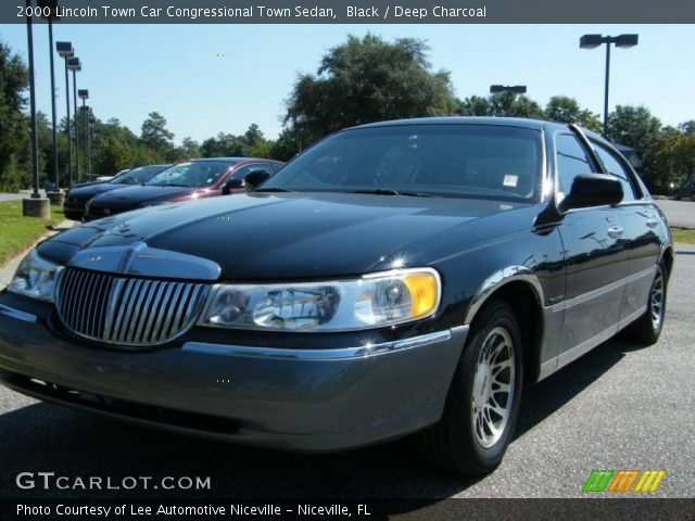 black 2000 lincoln town car congressional town sedan deep charcoal interior. Black Bedroom Furniture Sets. Home Design Ideas