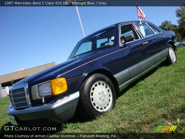 1987 Mercedes-Benz S Class 420 SEL in Midnight Blue