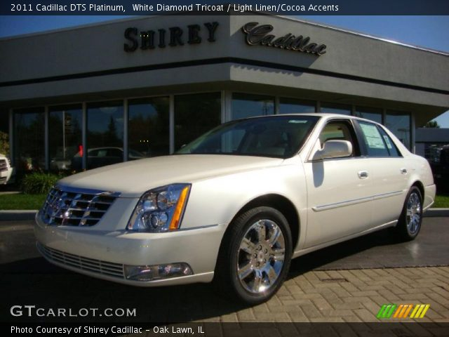 2011 Cadillac DTS Platinum in White Diamond Tricoat