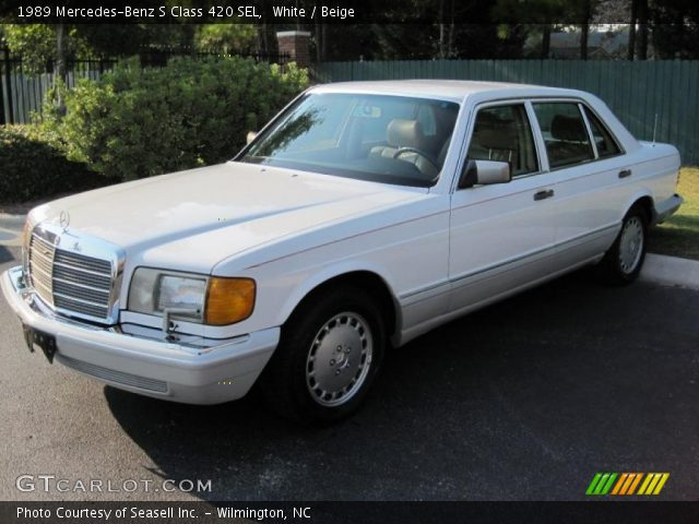 Mercedes Benz S550 White. White 1989 Mercedes-Benz S