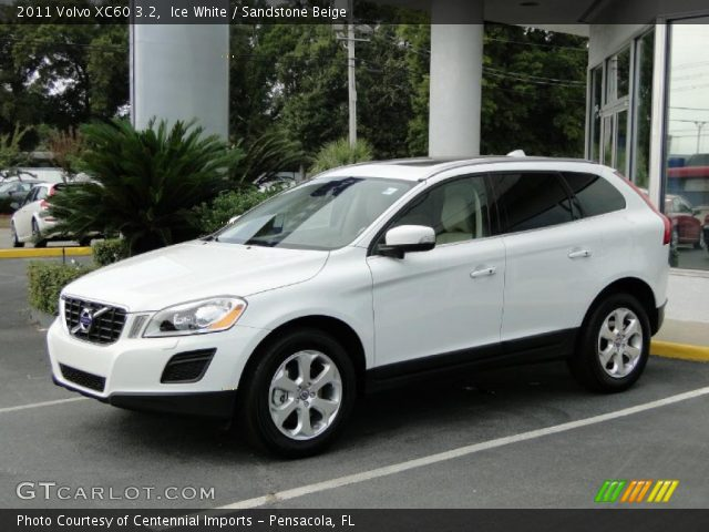 2011 Volvo XC60 3.2 in Ice White