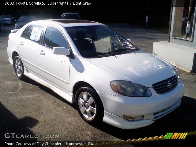 super white 2003 toyota corolla s light gray interior vehicle archive 39123083. Black Bedroom Furniture Sets. Home Design Ideas