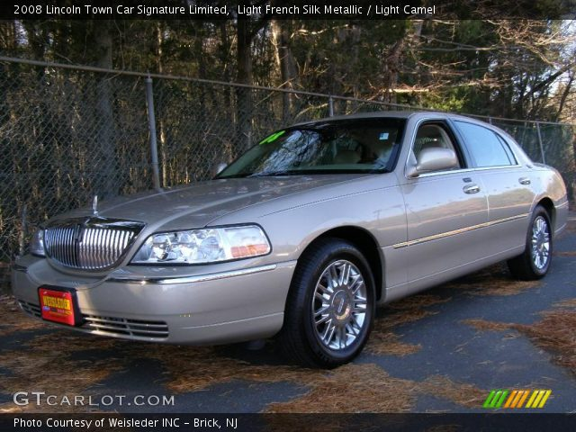 light french silk metallic 2008 lincoln town car. Black Bedroom Furniture Sets. Home Design Ideas