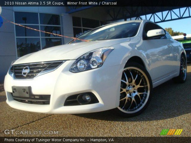 winter frost white 2010 nissan altima 3 5 sr coupe. Black Bedroom Furniture Sets. Home Design Ideas