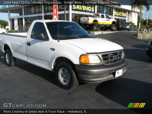 2004 Ford F150 XL Heritage Regular Cab in Oxford White