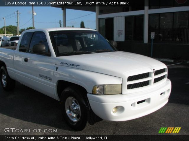 bright white 1999 dodge ram 1500 sport extended cab agate black interior. Black Bedroom Furniture Sets. Home Design Ideas