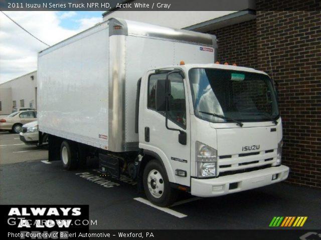 2011 Isuzu N Series Truck NPR HD in Arctic White
