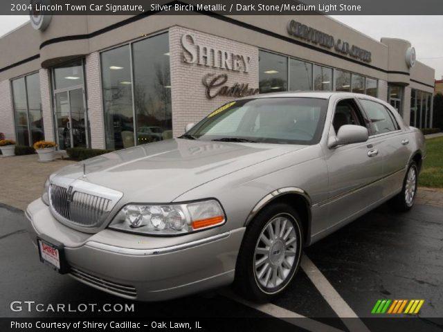 2004 Lincoln Town Car Signature in Silver Birch Metallic