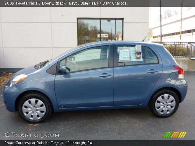 2009 Toyota Yaris 5 Door Liftback in Bayou Blue Pearl