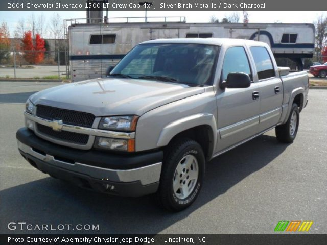 silver birch metallic 2004 chevrolet silverado 1500 lt crew cab 4x4 dark charcoal interior. Black Bedroom Furniture Sets. Home Design Ideas