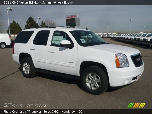 2011 GMC Yukon SLE 4x4 in Summit White