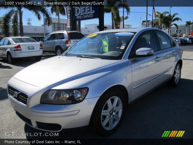 silver metallic 2007 volvo s40 dark beige quartz. Black Bedroom Furniture Sets. Home Design Ideas