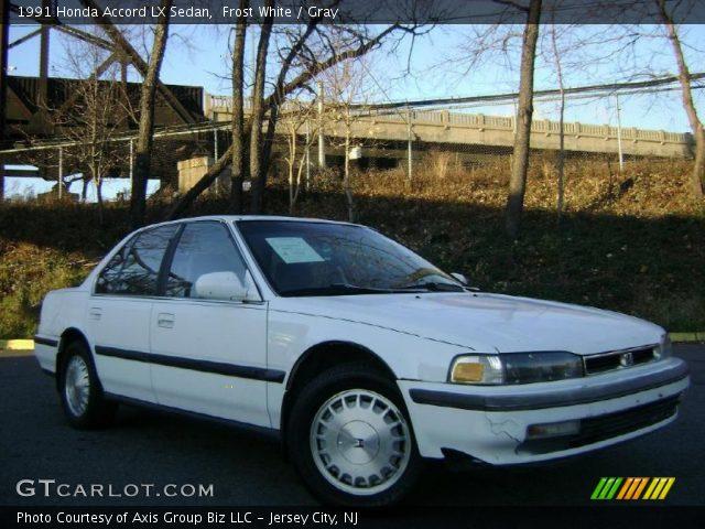 1991 Honda Accord LX Sedan in Frost White