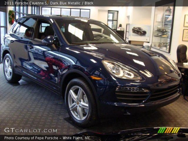 2011 Porsche Cayenne S in Dark Blue Metallic