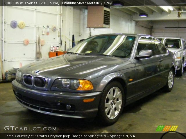 2000 BMW 3 Series 323i Coupe in Titanium Silver Metallic