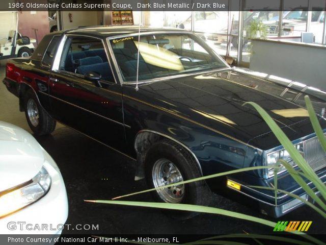 1986 Oldsmobile Cutlass Supreme Coupe in Dark Blue Metallic