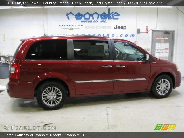 2011 Chrysler Town & Country Limited in Deep Cherry Red Crystal Pearl