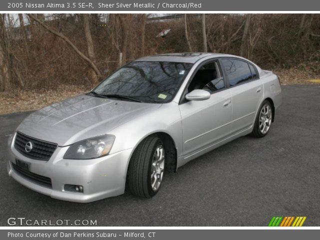 Sheer Silver Metallic 2005 Nissan Altima 35 Se R Charcoalred