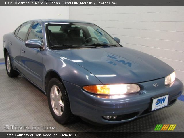 1999 Oldsmobile Alero GL Sedan in Opal Blue Metallic