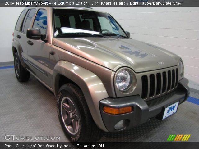 light khaki metallic 2004 jeep liberty sport 4x4 columbia edition light taupe dark slate. Black Bedroom Furniture Sets. Home Design Ideas