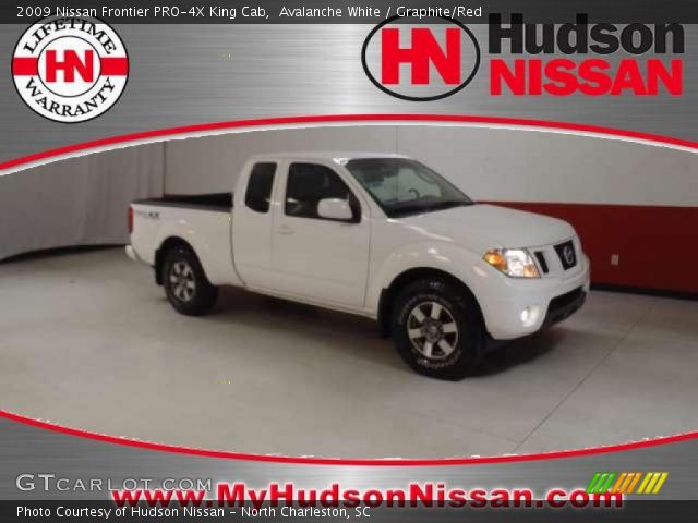 Avalanche White 2009 Nissan Frontier Pro 4x King Cab Graphite