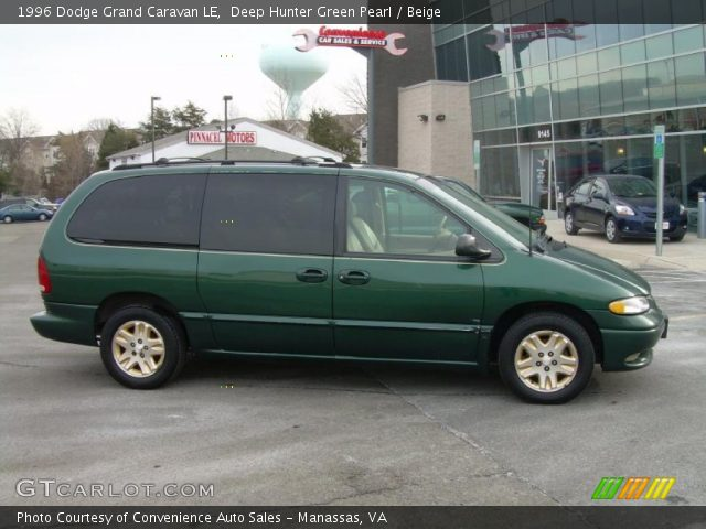 deep hunter green pearl 1996 dodge grand caravan le. Black Bedroom Furniture Sets. Home Design Ideas