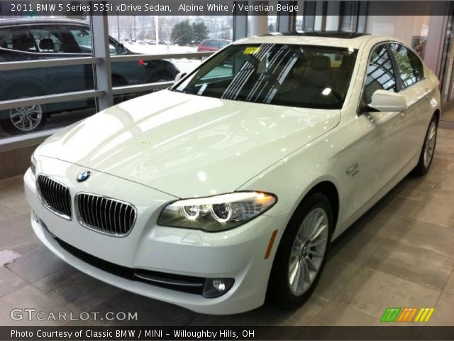 alpine white 2011 bmw 5 series 535i xdrive sedan venetian beige interior. Black Bedroom Furniture Sets. Home Design Ideas