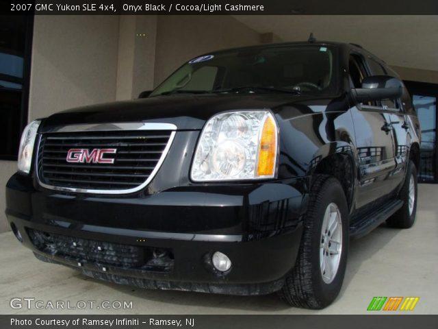 2007 GMC Yukon SLE 4x4 in Onyx Black