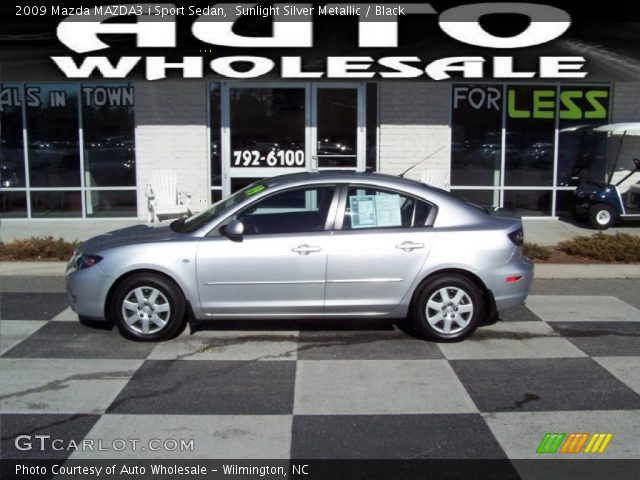 sunlight silver metallic 2009 mazda mazda3 i sport sedan. Black Bedroom Furniture Sets. Home Design Ideas