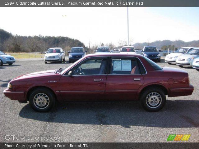 1994 Oldsmobile Cutlass Ciera S in Medium Garnet Red Metallic