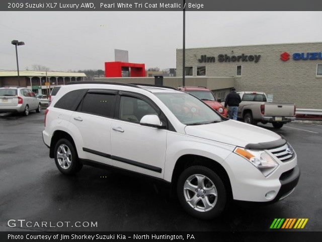 2009 Suzuki XL7 Luxury AWD in Pearl White Tri Coat Metallic