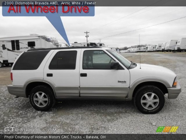 2000 Oldsmobile Bravada AWD in Arctic White