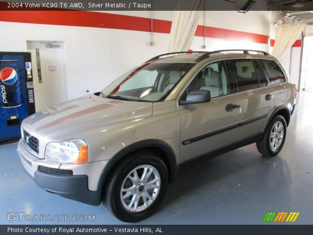 silver metallic 2004 volvo xc90 t6 awd taupe interior vehicle archive 45496254. Black Bedroom Furniture Sets. Home Design Ideas