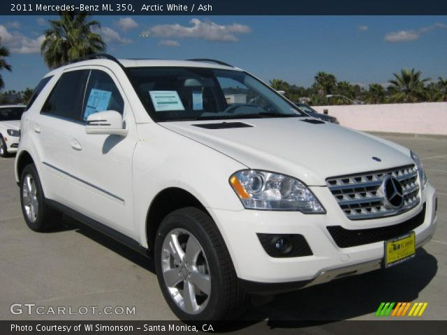 Mercedes Ml350 White. Arctic White 2011