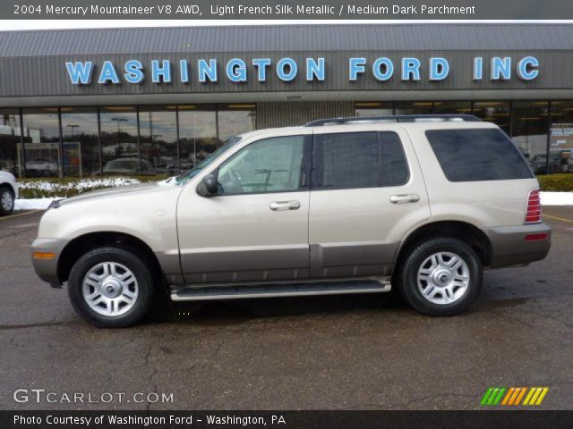 2004 Mercury Mountaineer V8 AWD in Light French Silk Metallic