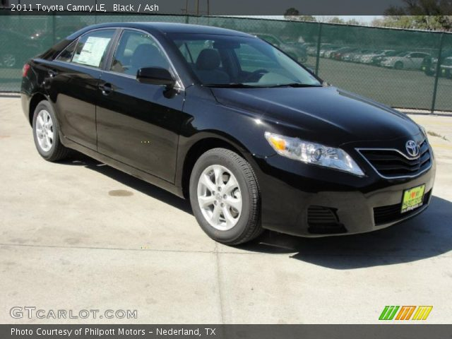 Black 2011 Toyota Camry Le Ash Interior Vehicle Archive 45876588